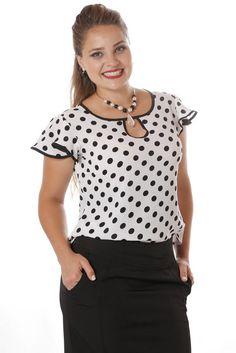 Dress Neck Designs, Blouse Designs, Girls Blouse, Stylish Tops, Indian Designer Wear, Blouse Styles, Pinterest Fashion, Chiffon Tops, Blouses For Women
