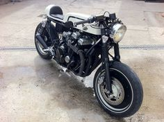HONDA CB750 Cafe Racer ~ Return of the Cafe Racers