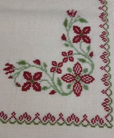 This post was discovered by Ga Baby Cross Stitch Patterns, Cross Stitch Rose, Cross Stitch Flowers, Cross Stitch Designs, Cross Stitch Embroidery, Hand Embroidery Videos, Crochet Decoration, Diy Crafts Hacks, Bargello