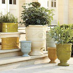 Toulon Planters
