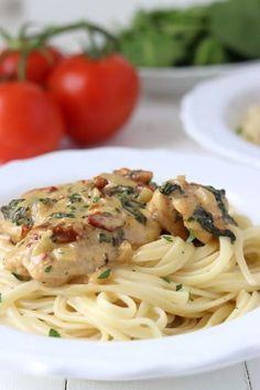 Super Ideas For Pasta Recepten Kip Healthy Pasta Recipes, Chicken Recipes, I Love Food, Good Food, Beignets, Pasta Dishes, Food Inspiration, Italian Recipes, Food And Drink