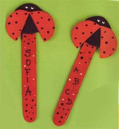 Segnalibro coccinella Popsicle Crafts, Diy For Kids, Bookmarks, Crafts For Kids, Projects To Try, Butterfly, Symbols, Scrapbook, Letters