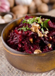 Mirabelkowy blog: Sałatka gruzińska z buraków Acai Bowl, Salad Recipes, Food And Drink, Menu, Cooking Recipes, Favorite Recipes, Vegetables, Breakfast, Blog