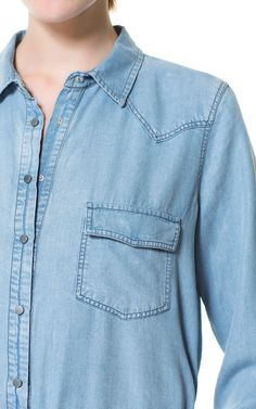 CHEMISE DENIM DÉLAVÉE - Chemises - Femme | ZARA France Denim Button Up, Button Up Shirts, Must Haves, Tops, Fashion, Chemises, Moda, La Mode