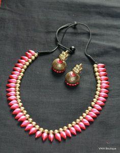 Terracotta set Kids Jewelry, Trendy Jewelry, Jewelry Crafts, Handmade Jewelry, India Jewelry, Fashion Jewelry, Terracotta Jewellery Online, Terracotta Jewellery Designs, Polymer Clay Charms
