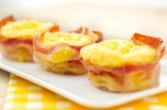 Bacon of ontbijtspek met ei muffins Bacon Muffins, Bacon Quiche, Tapas, Easter Buffet, Food To Go, Seasonal Food, High Tea, Cupcakes, Breakfast Recipes