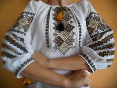 #вишиванка, жіноча вишивана блузка на домотканому полотні (Арт. 01622)