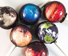 Experience first hand what a mouth full of Uranus tastes like by indulging in a savory planetary lollipop. These custom treats come individually packaged to ensure freshness and are each emblazoned with a detailed rendition of a planet from our solar system.