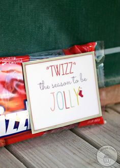 """""""'Twizz' the Season to Be Jolly"""" Neighbor Gift FREE Printable from CupcakeDiariesBlog.com"""