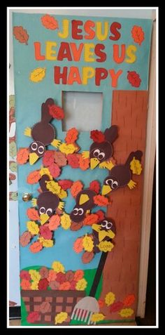 "Preschool October bulletin board ""Jesus Leaves us Happy"" November Bulletin Boards, Halloween Bulletin Boards, Church Bulletin Boards, Preschool Bulletin Boards, Bullentin Boards, Preschool Door, Fall Preschool, Preschool Crafts, Preschool Seasons"