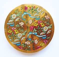 Bows & Flowers British Compact