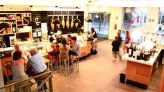 Mercado de Moncloa, calle arcipreste de hita n 10, con una terraza, metro arguelles, moncloa
