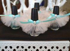 Bridal Brunch Shower Favors Breakfast At Tiffanys Ideas For 2019 Tiffany Birthday Party, Tiffany Party, Tiffany Wedding, Birthday Celebration, Bridal Shower Favors, Wedding Favors, Party Favors, Bridal Showers, Wedding Cakes
