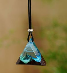 Diy Resin Art, Diy Resin Crafts, Wood Resin, Recycled Crafts, Uv Resin, Resin Jewelry, Diy Jewelry, Handmade Jewelry, Jewelry Making