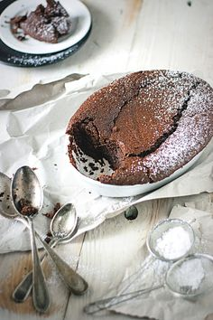warm chocOlate dip-in cake