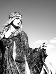 60's hippie fashion shoot by R.Saradjola & M.Browne Photography, via Flickr