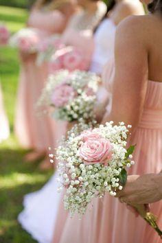 enorme bouquet de roses, bouquet de mariée