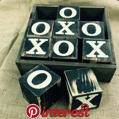 Wooden Tic Tac Toe Blocks and Rustic Wood Box by Chotchkieville Scrap Wood Projects, Woodworking Projects, Craft Projects, Woodworking Bench, Tic Tac Toe, Rustic Wood Box, Diy Wood, Wood Games, Wooden Board Games