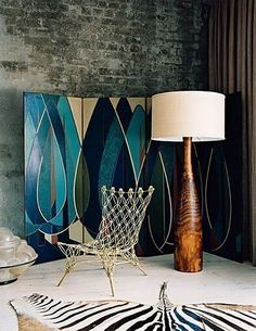 those wall panels and floor lamp.  drool.