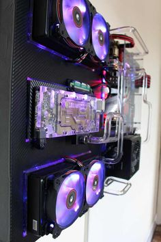 My Wall Mounted, Water Cooled PC - Imgur