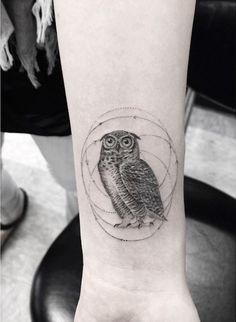Elegant Geometric Tattoos -7. Owl tattoo.