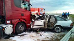 в результате три человека в больнице  Под Витебском неопытный водитель легковушки столкнулся с автопоездом, в результате аварии травмированы три человека сообщает БелТА. Авария случилась 20 июля около 16 часов на первом километре автодороги Р49 (юго-западный обхо