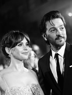 Felicity Jones and Diego Luna attend Rogue One world premiere on Saturday night (December 10) at the Pantages Theater in Hollywood.