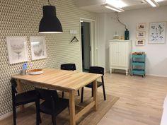 Kotimyymälässä sisustusmateriaalien valinta on helpompaa, kun ne näkee luonnollisessa ympäristössään Kuva Jyväskylän Kotimyymälästä.