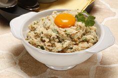 Receita de Açorda de bacalhau. Descubra como cozinhar Açorda de bacalhau de maneira prática e deliciosa com a Teleculinaria!