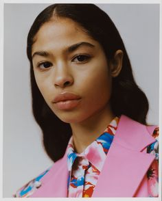 MSGM Floral Shirt Dress 2019 The MSGM Floral Shirt Dress is now available at Bernard Boutique. The post MSGM Floral Shirt Dress 2019 appeared first on Floral Decor. Chanel Hat, Floral Fashion, Fashion Design, Book Instagram, Alfred Stieglitz, Floral Shirt Dress, Mode Editorials, Msgm, Dark Hair