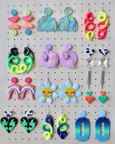 Modern, fun, wearable art to brighten anyones day! by YuukaUniverse Weird Jewelry, Funky Jewelry, Jewelry Crafts, Handmade Jewelry, Polymer Clay Ring, Diy Clay Earrings, Clay Creations, Clay Crafts, Kawaii
