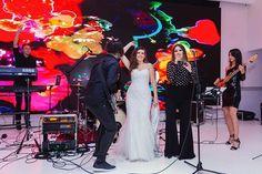 Pentru ca atmosfera sa fie una cu adevarat extraordinara, muzica pentru petrecerea nuntii este extrem de importanta. Muzica asigurata de o formatie de nunti Concert, Concerts