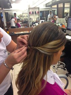 anna-fasano-passo-a-passo-penteado 14