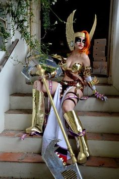 Angela cosplay, formerly of the Image: Spawn universe, she's now cracking skulls for Marvel.