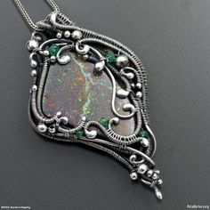 sarah-n-dippity   Double sided pendant by Sarah-n-Dippity   Wire Works   Pinterest