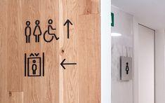 Señalización baños y ascensores en hospitales Signage, Home Decor, Hospitals, Interiors, Blue Prints, Decoration Home, Room Decor, Billboard, Home Interior Design