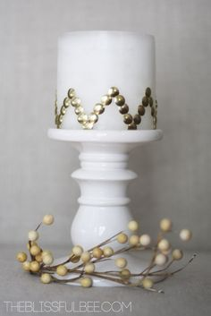 Candle Makeover - 19 Amazing DIY Home Decor Projects. dollar store candle and gold thumbtacks Dollar Store Crafts, Dollar Stores, Diy Home Decor Projects, Decor Ideas, Room Ideas, Craft Ideas, Creation Deco, Diy Apartment Decor, Idee Diy