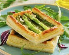 Tartelettes printanières aux asperges verges et parmesan : http://www.fourchette-et-bikini.fr/recettes/recettes-minceur/tartelettes-printanieres-aux-asperges-verges-et-parmesan.html