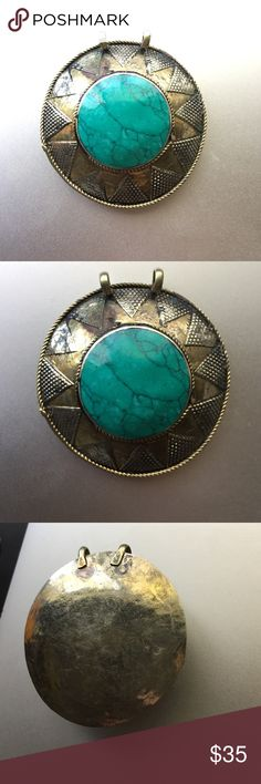 Turquoise Vintage Necklace Pendant!❄️ This piece is stunning! Beautiful turquoise pendant for a necklace. This is a very old antique piece. Makes a wonderful gift!! 🎁😍 Jewelry Necklaces