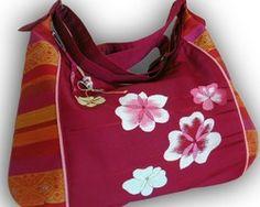 かわいい名古屋帯リメイク2-WAY キュートな斜めがけメッセンジャーバッグ- ルビー色にピンクの花ととアジアン模様