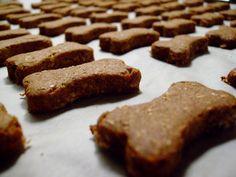 Peanut Butter DogBiscuits (veronicascornucopia.com)