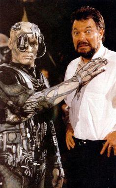 Funny Star Trek: TNG still photo - Frakes and Borg