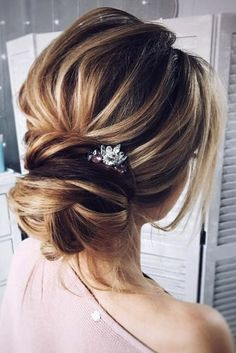 Wedding Hairstyles Ideas For Brides With Thin Hair ★ wedding hairstyles for thin hair low bun Tonya Pushkareva via Instagram