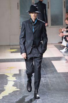 Yohji Yamamoto SpringSummer 2016 Collection - Paris Fashion Week - DerriusPierreCom (17)