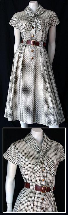 love the pattern :)    50s Coquette dress    http://www.vintageclothing.com.au/50sto80sp11.htm#