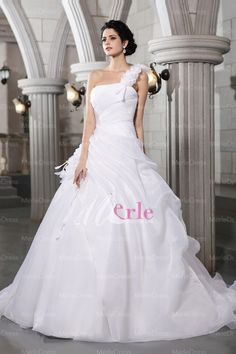 Stylish Ball Gown One-Shoulder Sleeveless Pleats Chapel Train Organza Wedding Dress