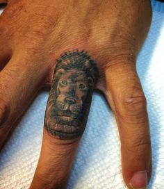 Why Knuckle Tattoos are actually great ideas. Contact us for more information on how to become a tattoo artist today! Get more details at www.tattooschool-art.com.