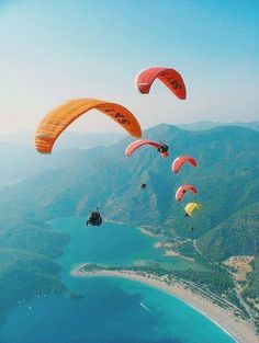 Wanderlust bucket list of places to travel and see on a tropical vacation trip to the beach or an island. Paragliding over the ocean and mountains. Photography Beach, Tumblr Photography, Nature Photography, Travel Photography, Fashion Photography, Landscape Photography, Street Photography, Adventure Photography, Photography Tips