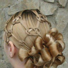 Unique and gorgeous hair style