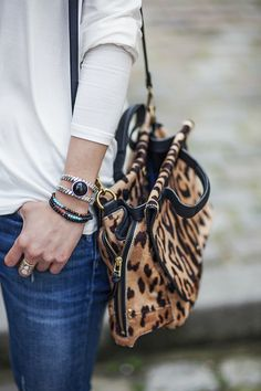 See related links to what you are looking for. Fashion Bags, Fashion Accessories, Womens Fashion, Fashion Jewelry, Louis Vuitton Handbags, Tote Handbags, Animal Print Fashion, Rock Chic, Mode Inspiration